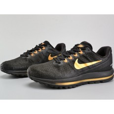 NIKE AIR ZOOM VOMERO 13 BLACK GOLD 922908-009