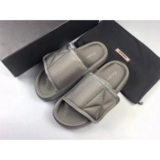 YEEZY SEASON 6 LIGHT GRAY GRAPHITE NYLON SLIPPER