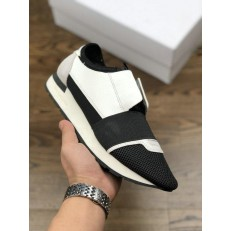 BALENCIAGA RACE RUNNER LOW-TOP SNEAKERS BLACK WHITE