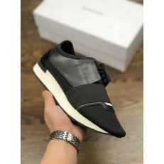 BALENCIAGA RACE RUNNER LOW-TOP SNEAKERS BLACK 483492 WOYX6 1000