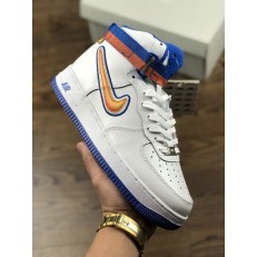 NBA x NIKE AIR FORCE 1 HI SPORT NEW YORK KNICKS AV3938-400