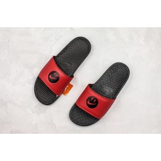 SIMLEY x NIKE BENASSI BLACK RED SLIPPER